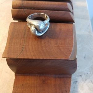 Lover's knot silver ring size 5